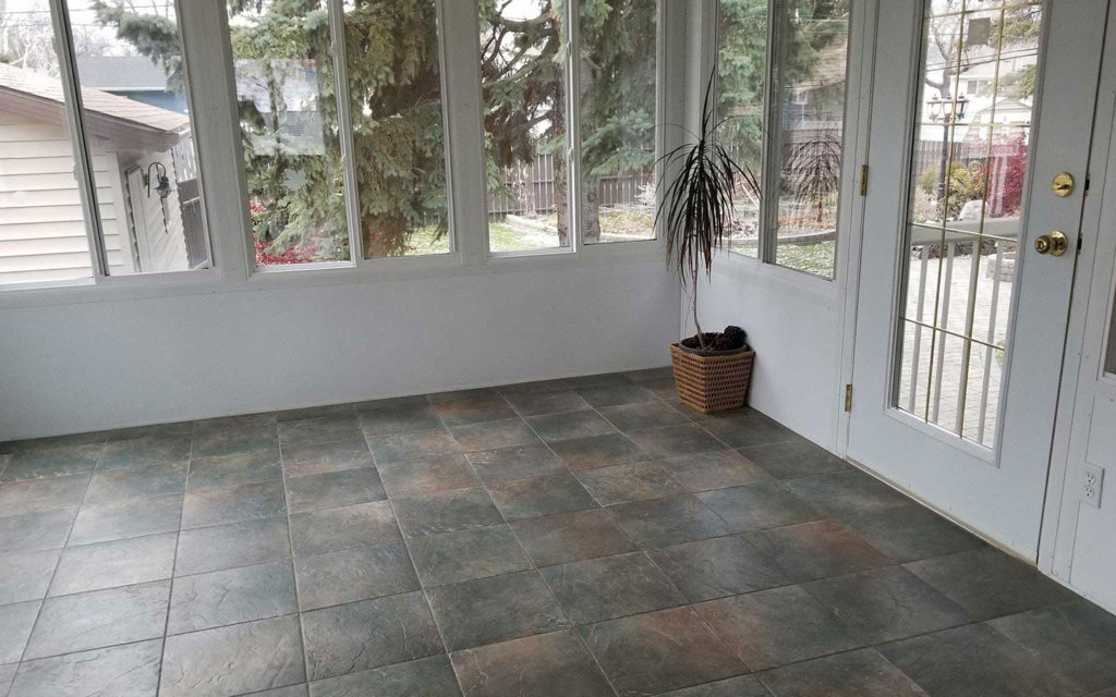 Jenny's-Cleaning-Service-Tile-Floors